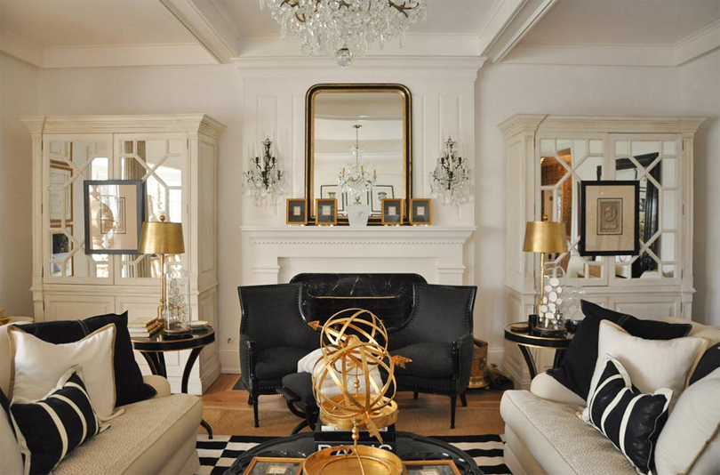White-Living-Room-Gold-Accents-Black-Details-Fireplace-Mantel-Decor-With-Table-Lamp-For-Creative-Decor-With-Living-Room-Design-Black-And-White-For-Inspiration