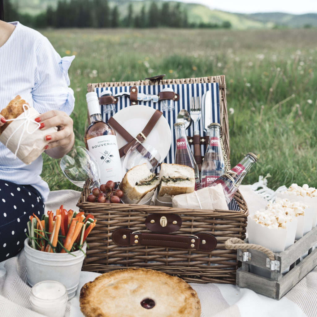 pack the perfect picnic