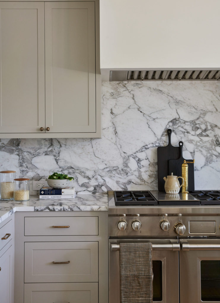 design crush bold marble in interior design